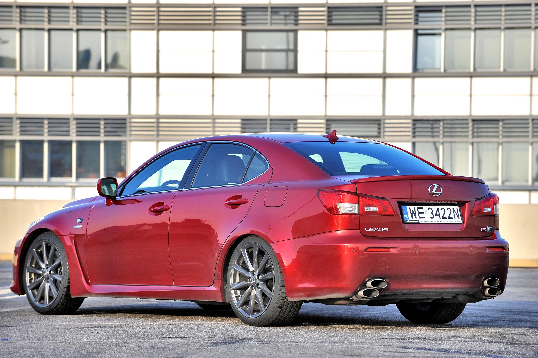Lexus-IS-F_5
