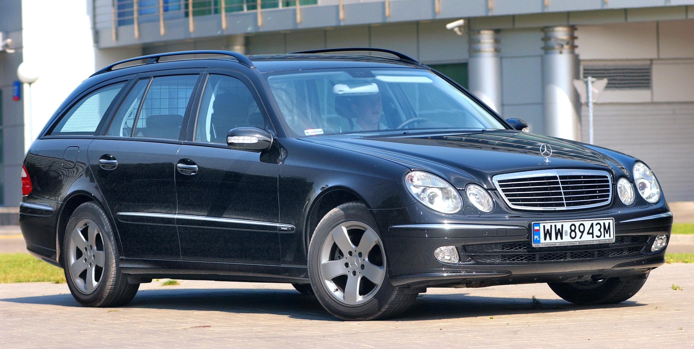 Mercedes-klasy-E-W211_4