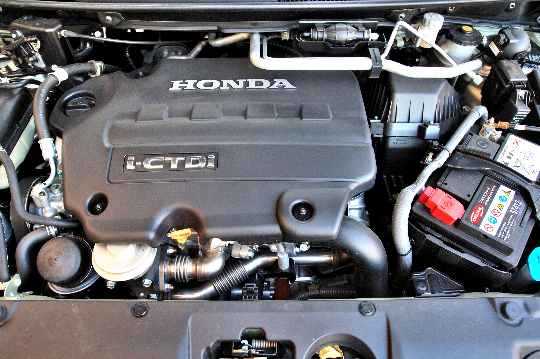 Honda-FR-V_4