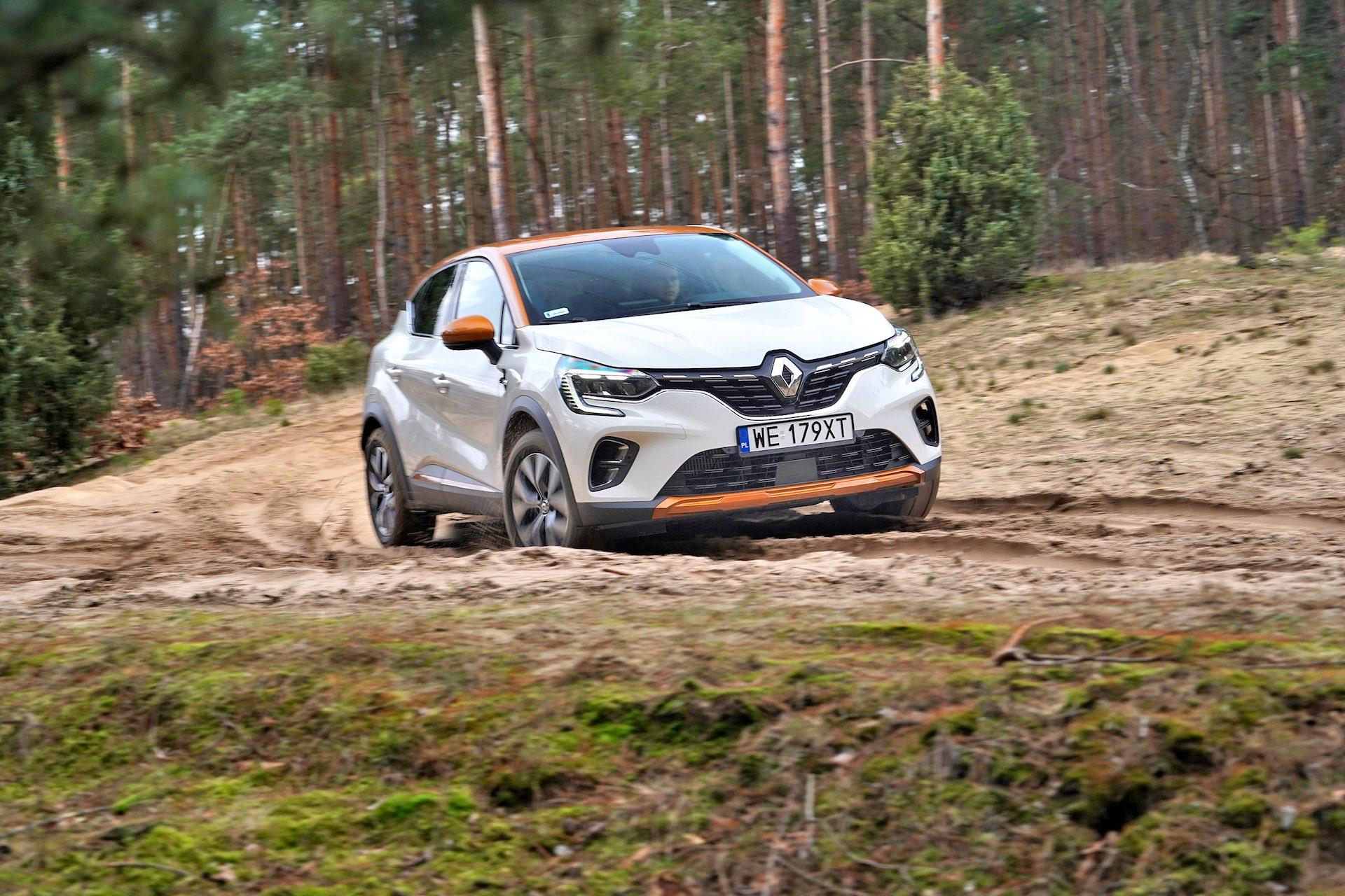 2020_Renault_Captur_09