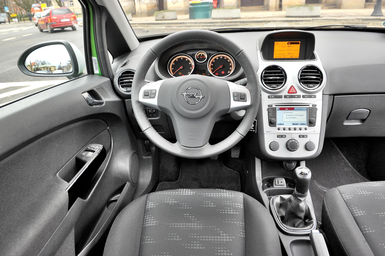 Opel-Corsa-D_3