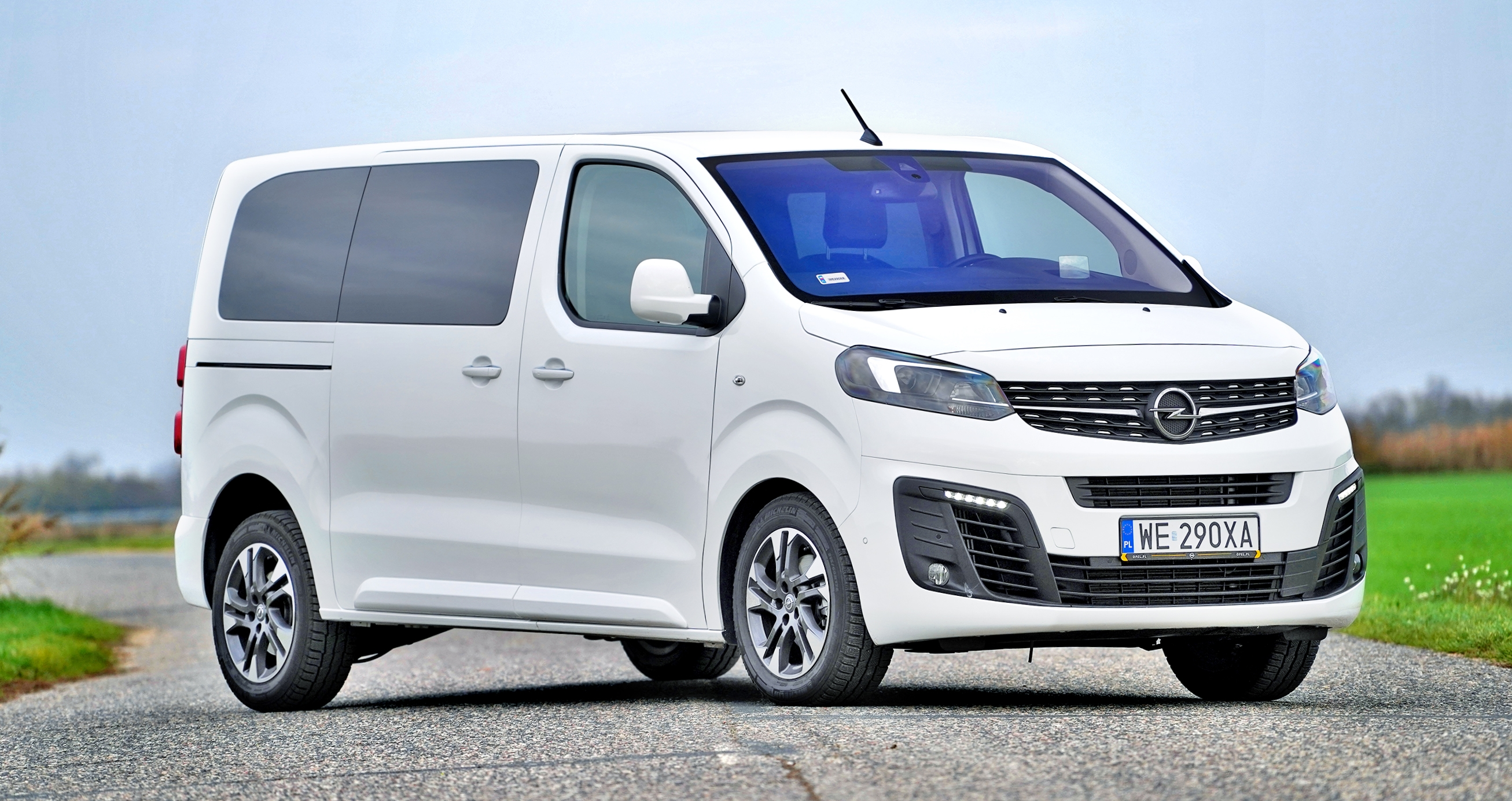 Opel-Zafira-Life_4