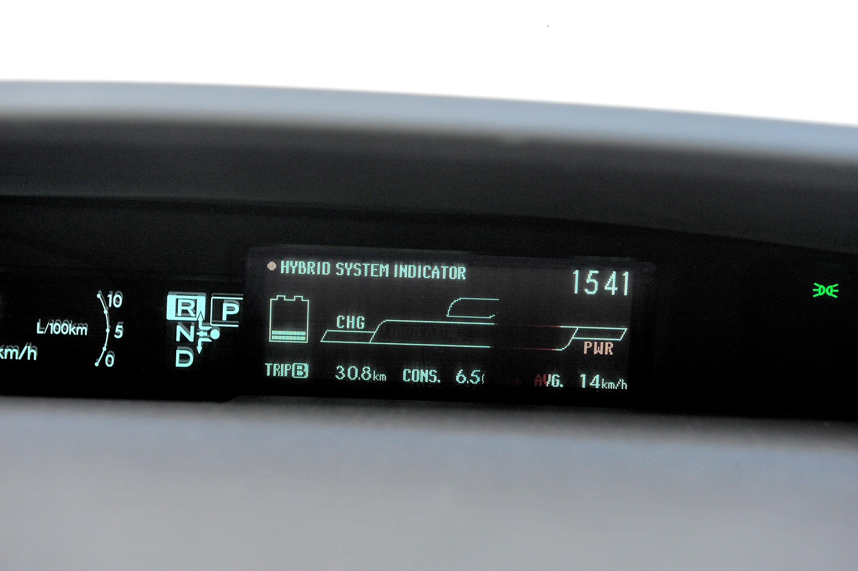 Toyota-Prius-III_5