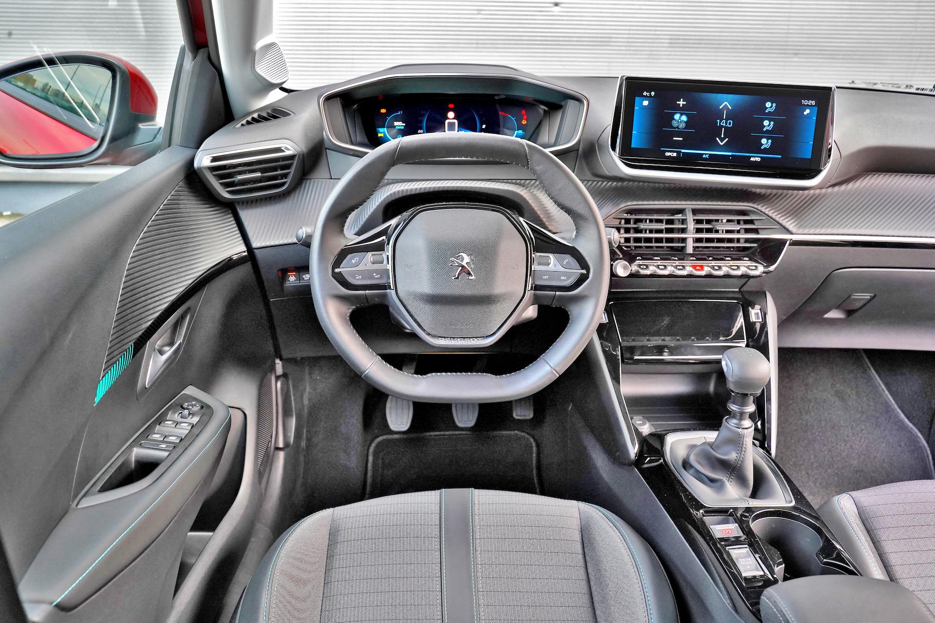 2020 Peugeot 208_015