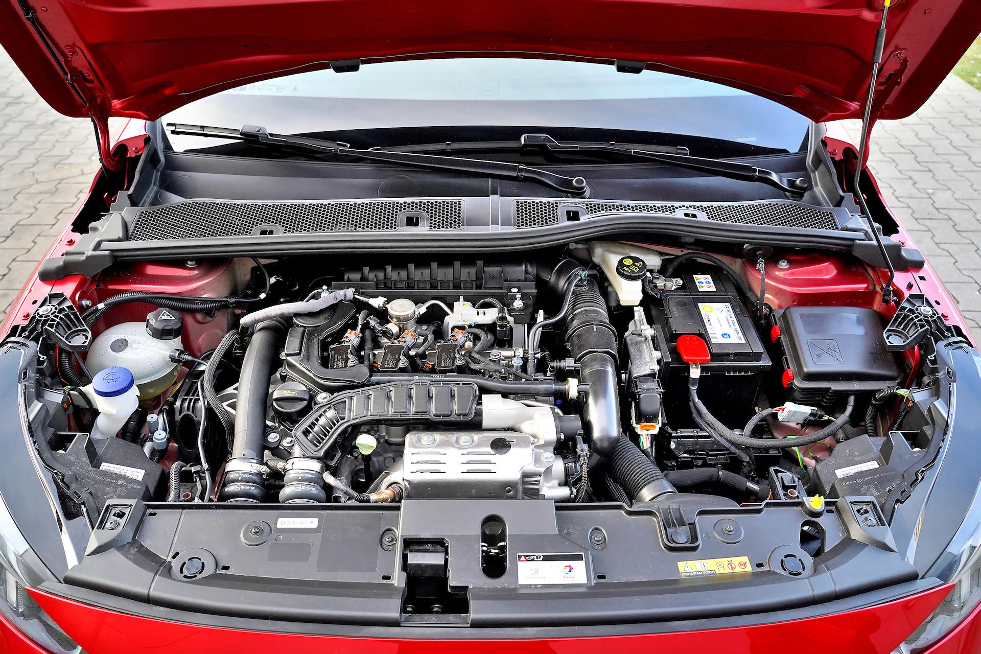 2020 Peugeot 208_016