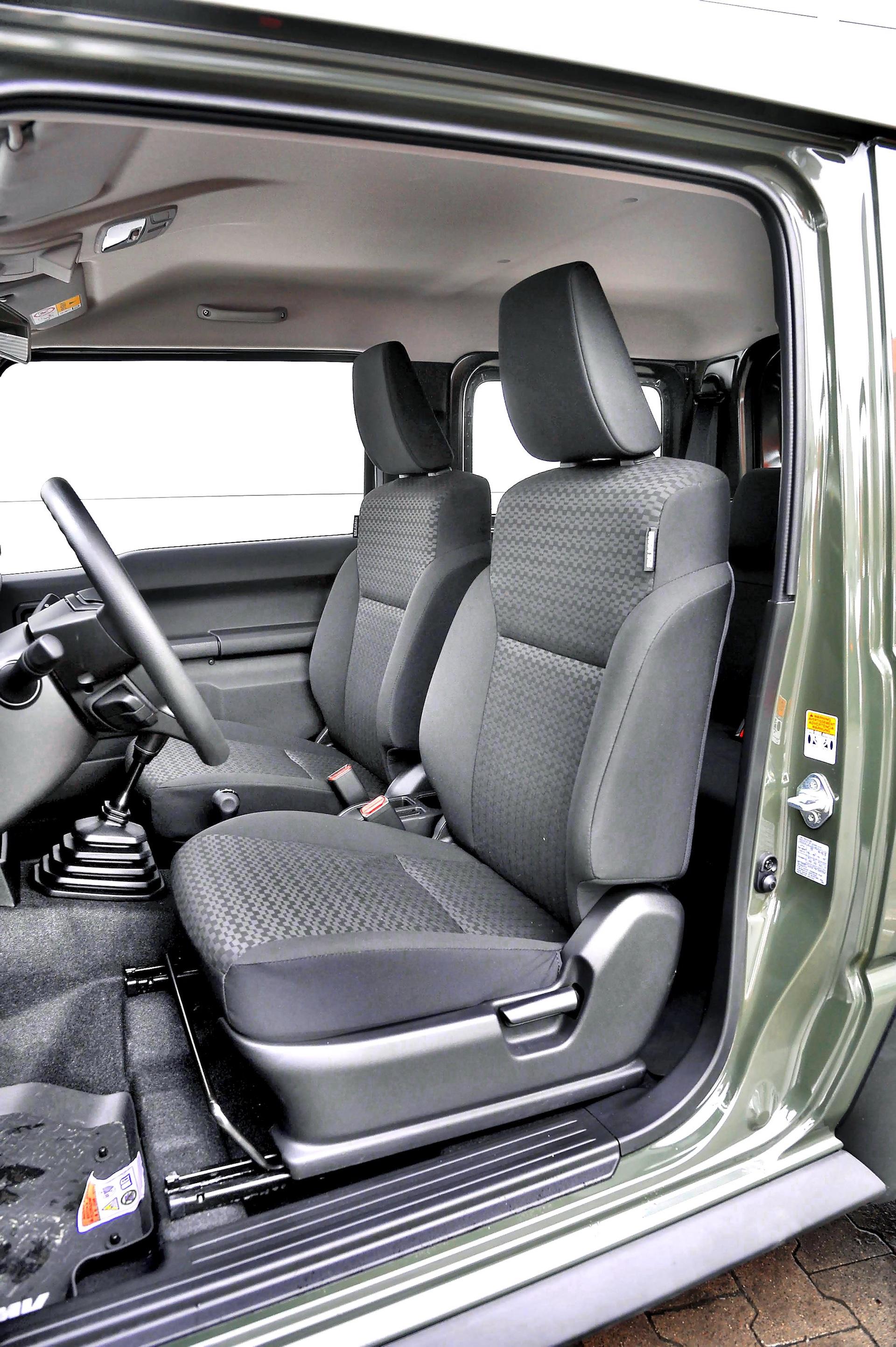 2018 Suzuki Jimny_013